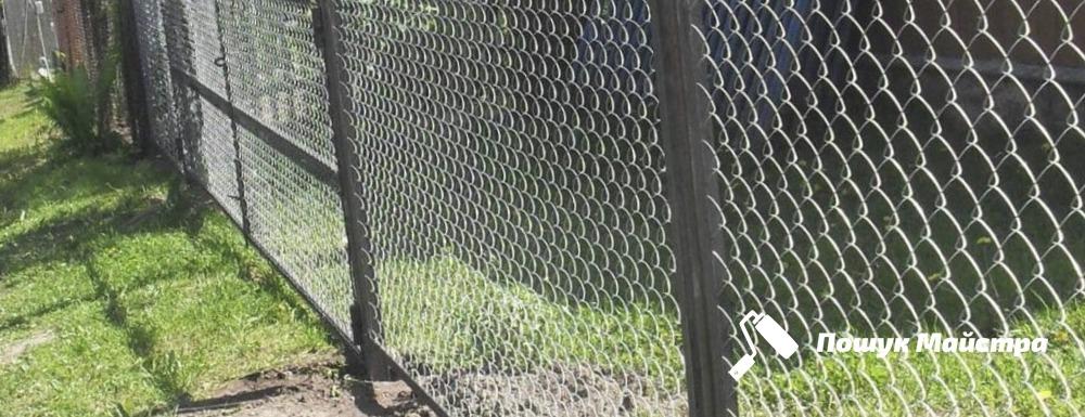 Почему так популярна ограда из сетки Львов