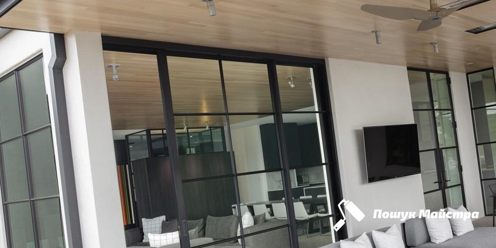 Как можно купить стеклянные двери