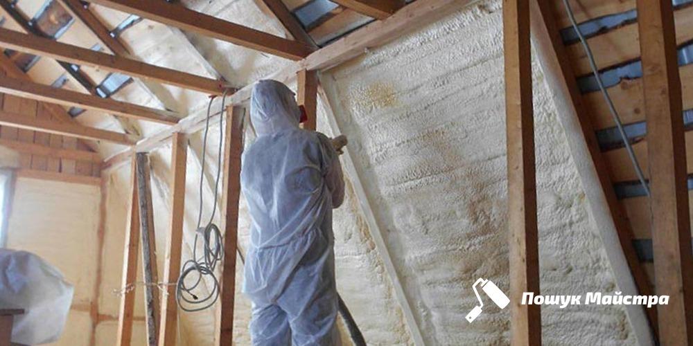 Утеплення даху пінопластом: переваги матеріалу