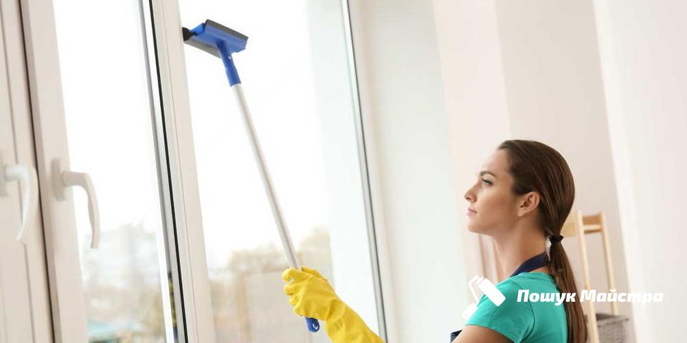Миття вікон: основна технологія проведення робіт