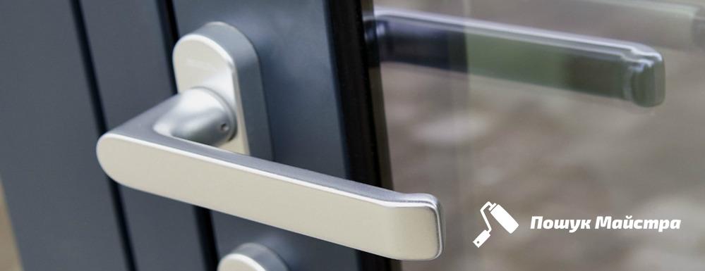 Аварійне відкриття дверей у Львові: ціни, все буде анонімно