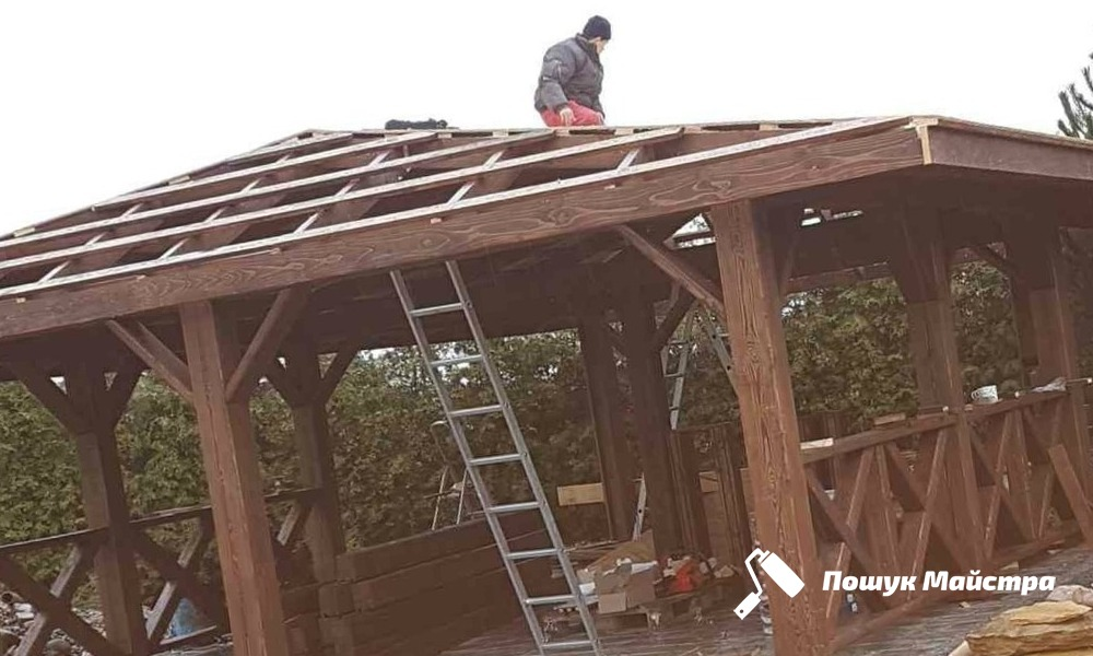 Дерев'яні альтанки у Львові: переваги конструкції