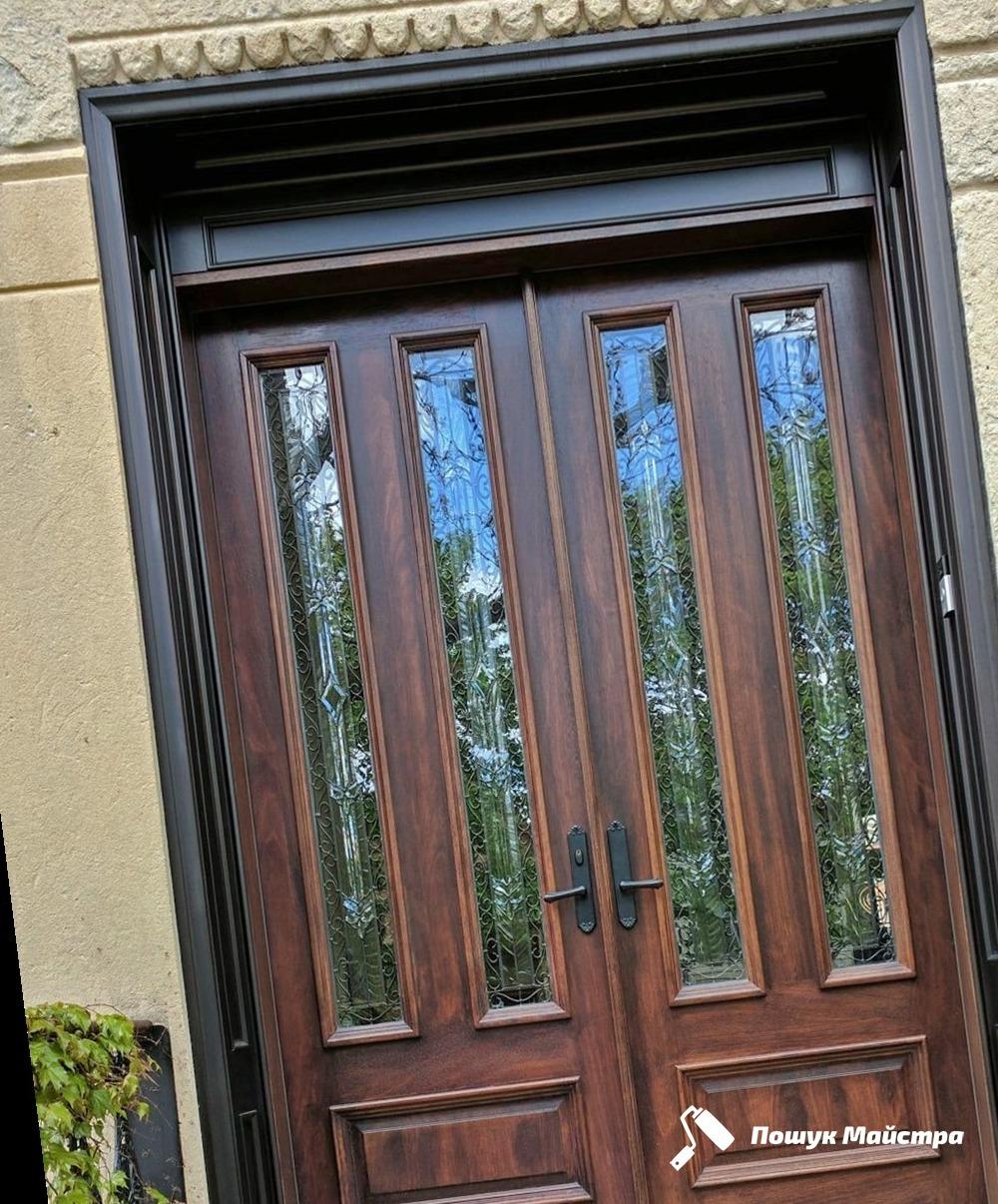 Двері на замовлення у Львові, ціна і особливості послуги