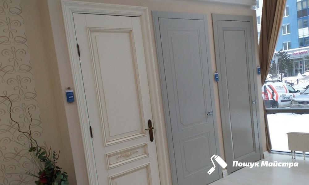 Дубовые двери во Львове, цена и особенности услуги