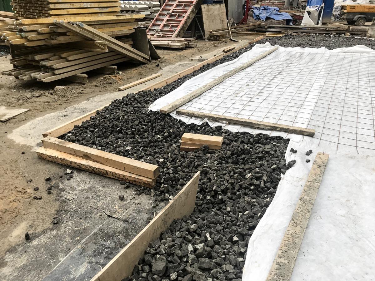 Оборудование песчано-гравийных подушек во Львове