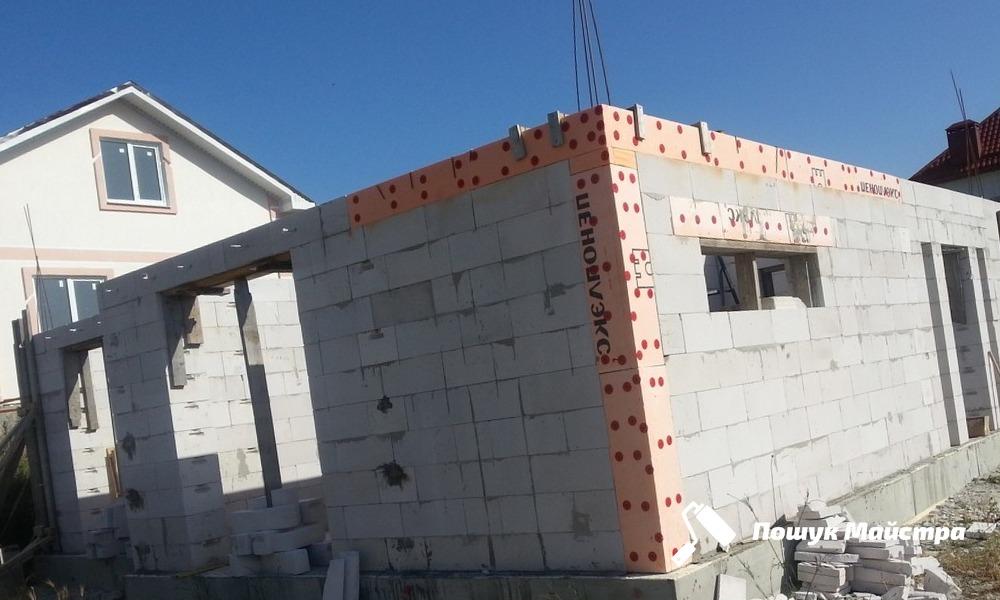 Дома из пеноблоков во Львове: преимущества строительного материала