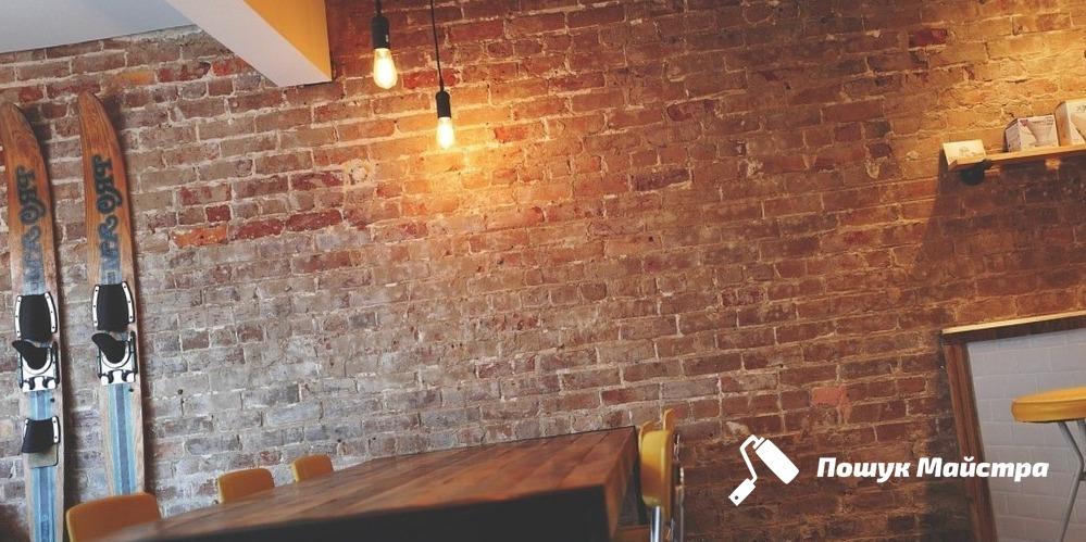 Оборудование дверных проёмов в кирпичной стене Львов: цены, безопасность
