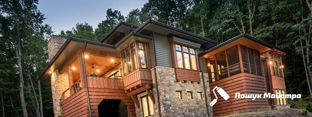 Проекти дерев'яних будинків: особливості технології складання